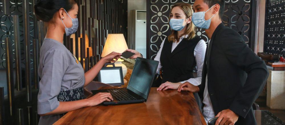 5 konkrete Anwendungsfälle: So setzen Hotels Chatbots trotz Corona erfolgreich ein