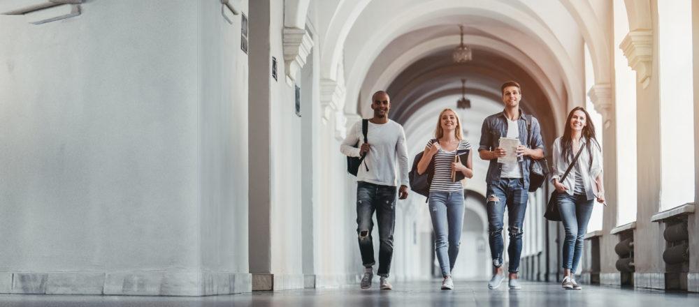 10 Gründe, warum ein Chatbot für moderne Hochschulen eine sinnvolle Anschaffung ist