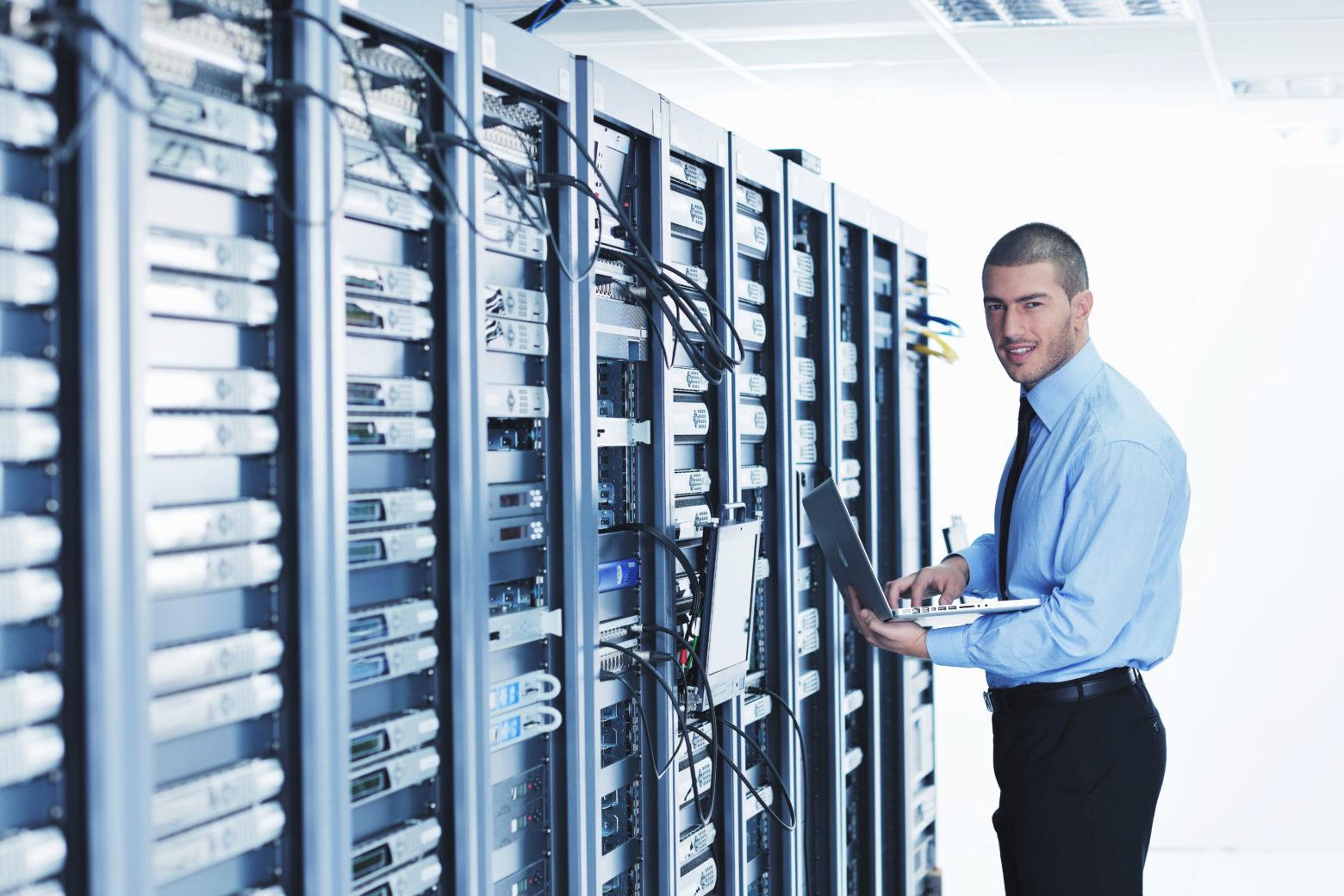 Administration & Support: IT-Sicherheit und Zuverlässigkeit im Fokus